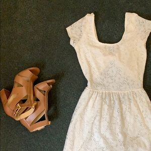 Sexyback white/cream lace floral short dress